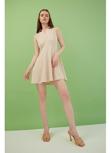 Modaset V Yaka Elbise Bej Bej